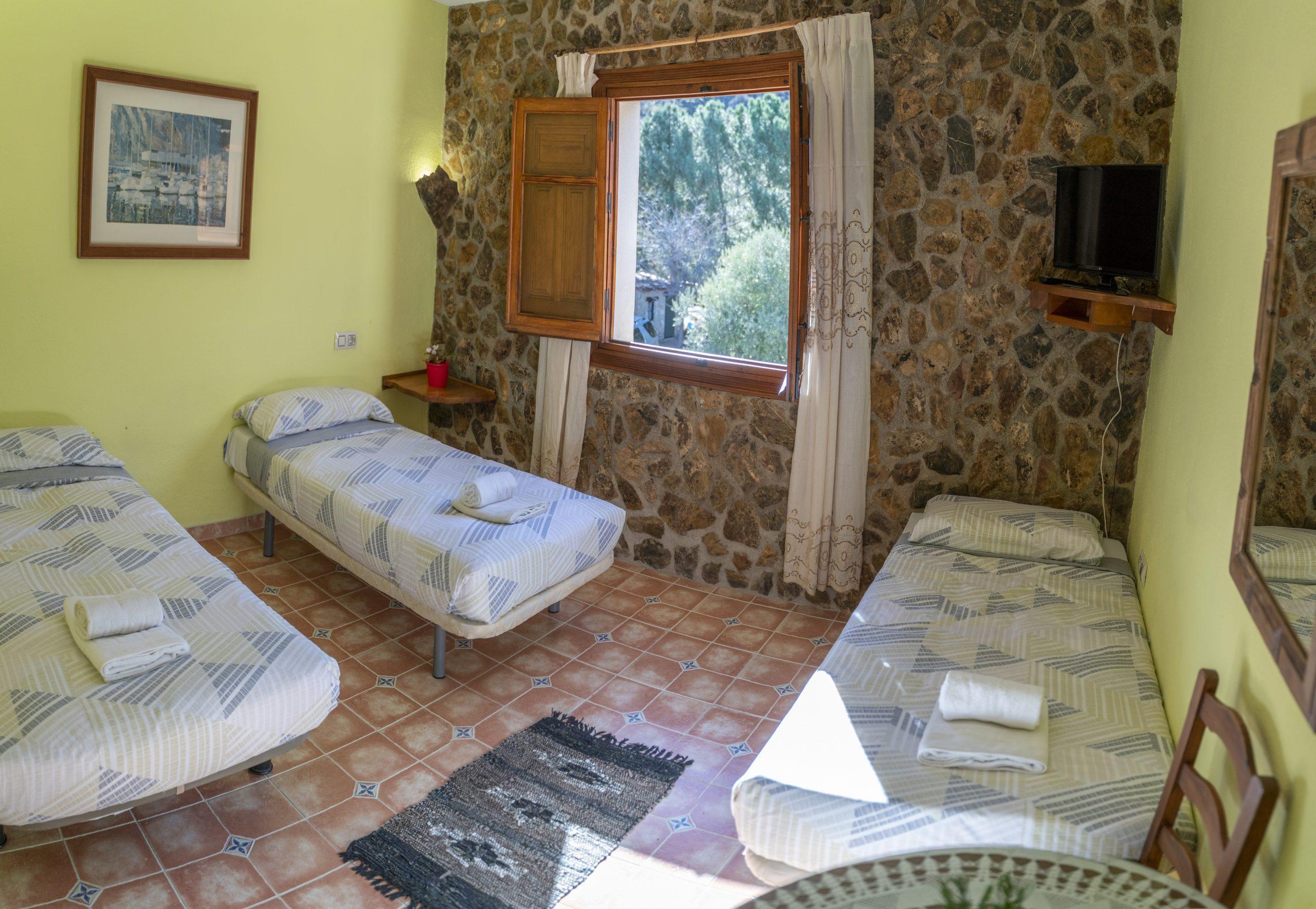 Habitación triple Hotel Rural Fuente La Teja