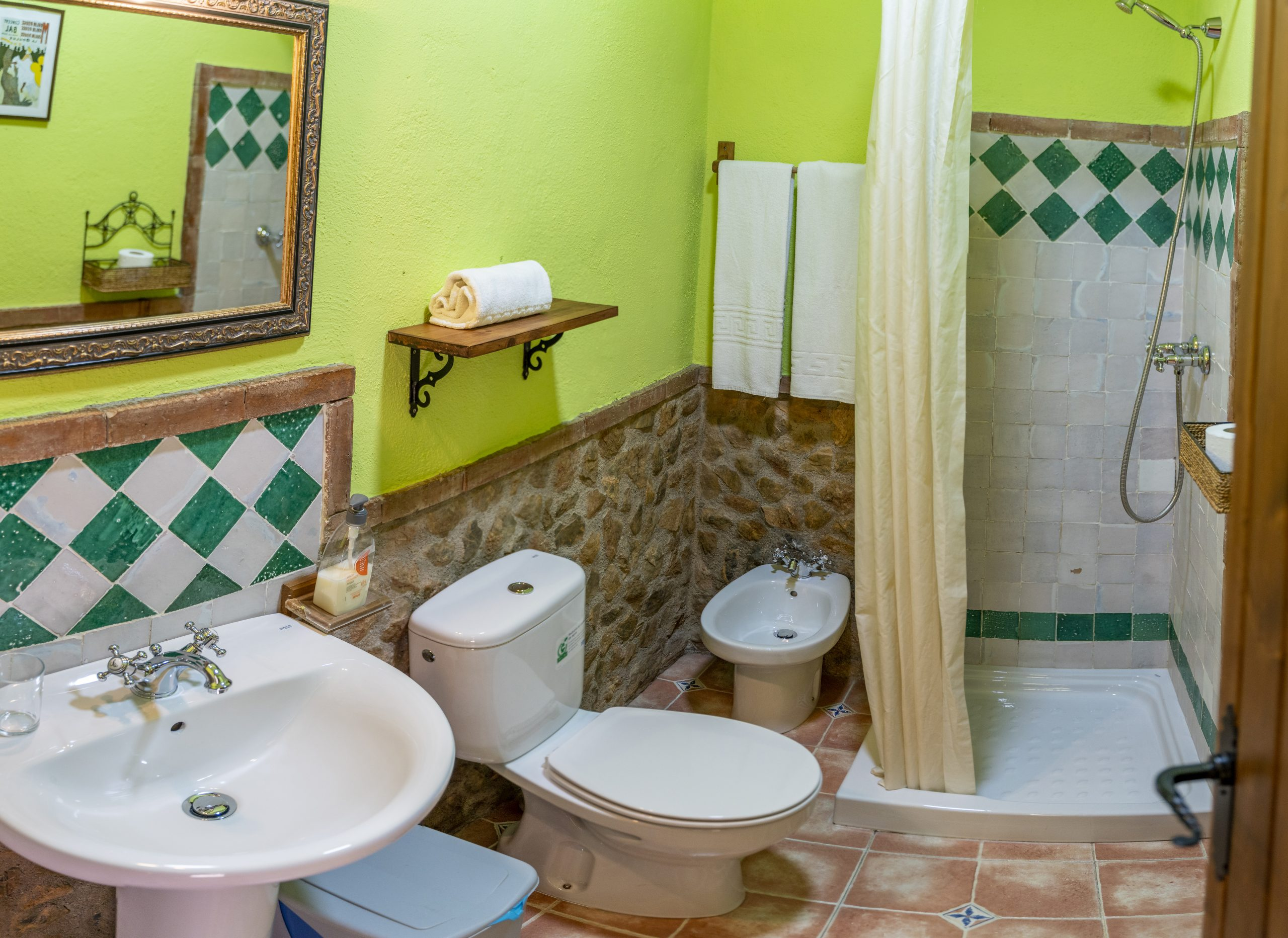 Baño triple Hotel Rural Fuente La Teja
