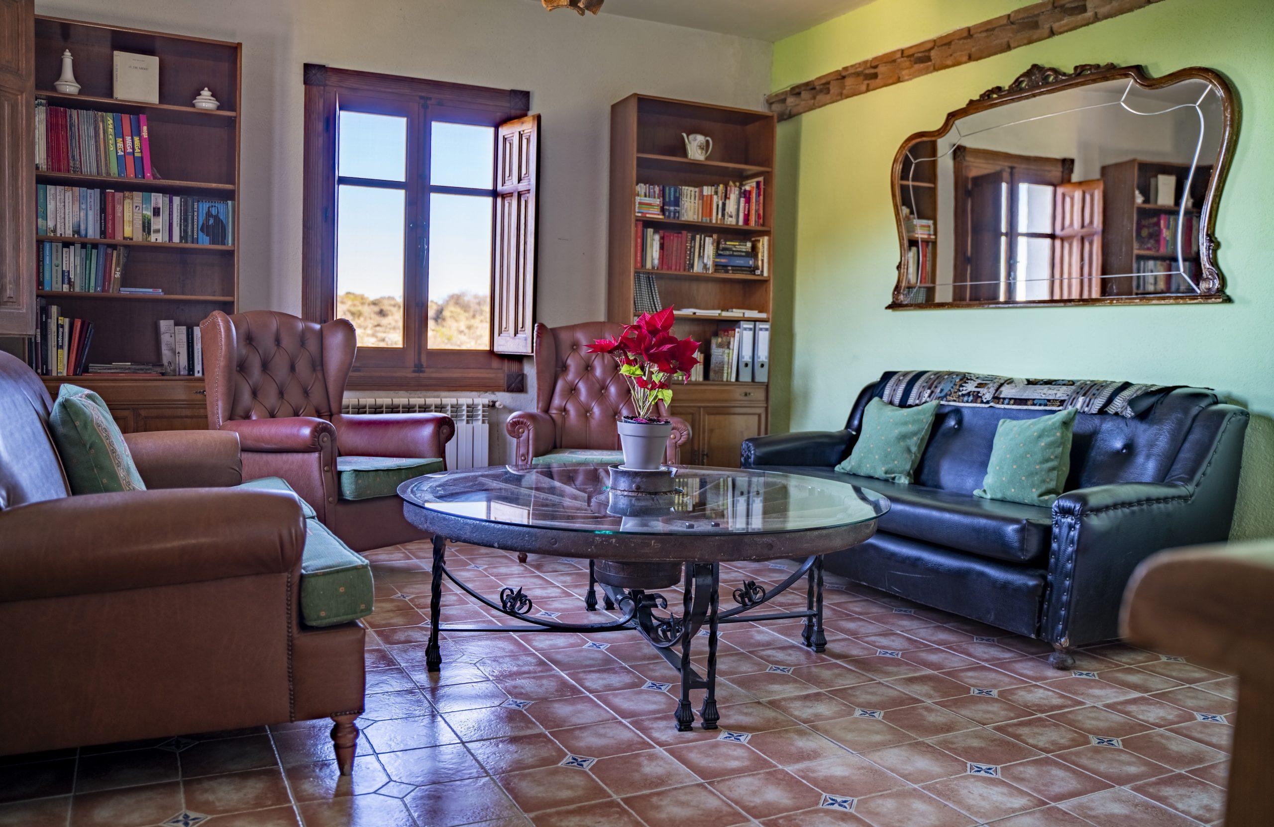 Salón Biblioteca Hotel Rural Fuente La Teja